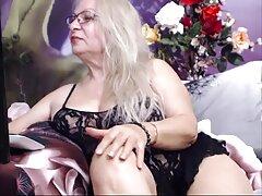 بلوند جذاب در مقابل وب کم انگشت ظریف مقعد و عکس سکسی کیر توی کون بیدمشک تراشیده