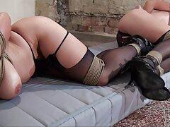 زن بالغ و شلوغ بیش از 45 سال که رابطه جنسی مقعد سخت را با یک دیک سیاه بزرگ عوض عکس کیر کوس کون می کند