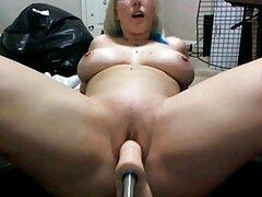 یک زن جوان دلسوز و دلسوز آماده است تا از بین كس كون كير اعضای آن دانه را در لیتر خرد و جذب کند